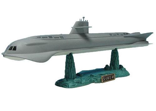 seaview-1-350-scale-model-by-moebius.jpg
